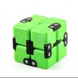 Cub antistres Fidget Toy Infinity Magic Cube, culoare verde/negru
