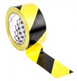 Banda de marcat locatie 50 mm x 33 m galben/negru 3M