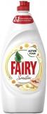 Detergent vase Sensitive Chamomile Vitamina E 800 ml Fairy