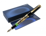 Stilou Toledo M900 Pelikan M negru-auriu
