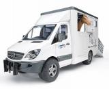 Jucarie Sprinter transportor de animale Mercedes Benz cu un cal Bruder
