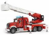 Jucarie Camion de pompieri Mack Granite cu scara, pompa de apa si sirena Bruder