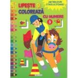 Carte de colorat cu abtibilduri Lipeste si coloreaza cu numere 3