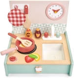 Chicineta in cutie, din lemn premium, Tender Leaf Toys